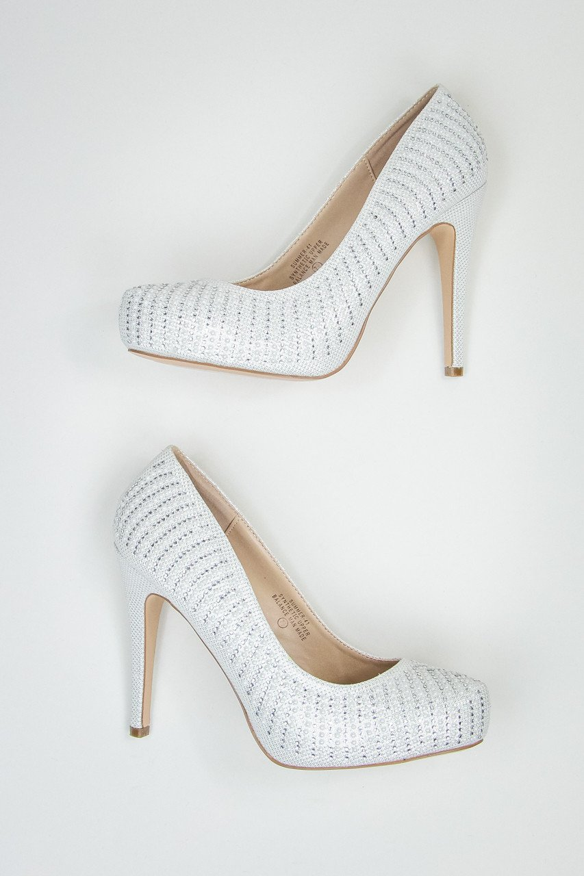 white-sparkly-pumps-entourage