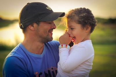 Father & Daughter by Damian Bakarcic CC BY 2.0